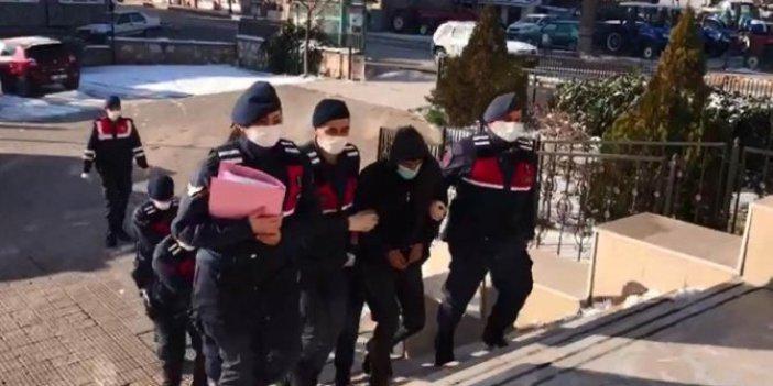 Fabrikada çalışan 4 kişi tonlarca yakıt çaldı