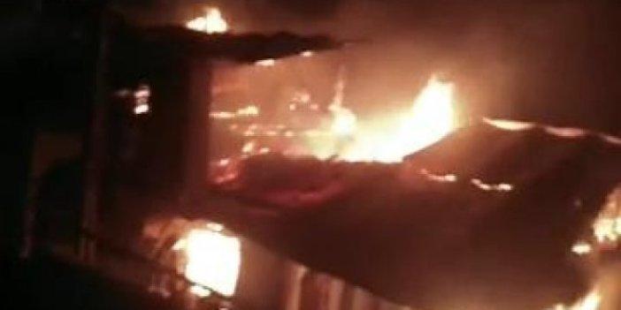 Karaman'da 3 ev cayır cayır yandı