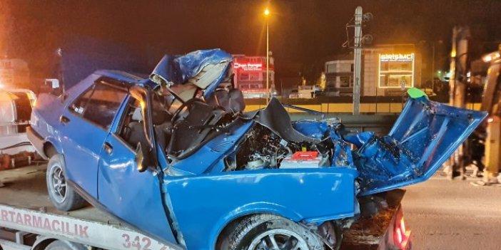 Aşırı hızda hurdaya dönen otomobilin şoförü ağır yaralandı