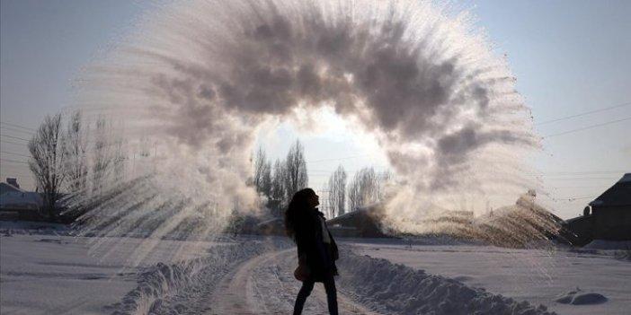 Ağrı'da eksi 33 derecelik soğuk eğlenceye dönüştü