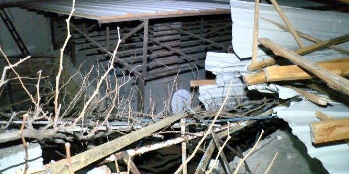 Lodos çatıyı yerinden söküp uçurdu