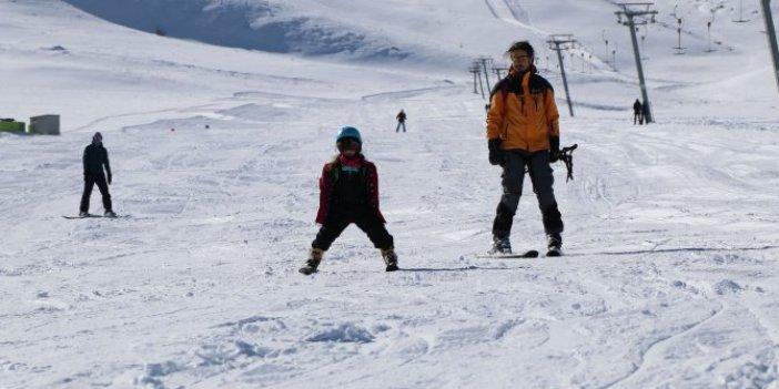 Van'da kayak sezonu bu sezon çok geç açıldı
