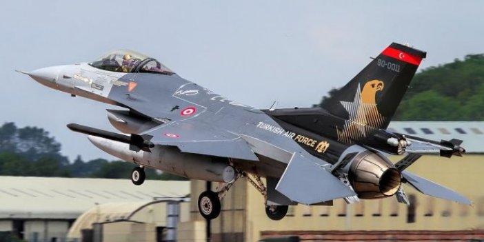 F-16'ların sesi heyecan yarattı. 3 şehirdeki vatandaşlar gökyüzüne bakakaldı