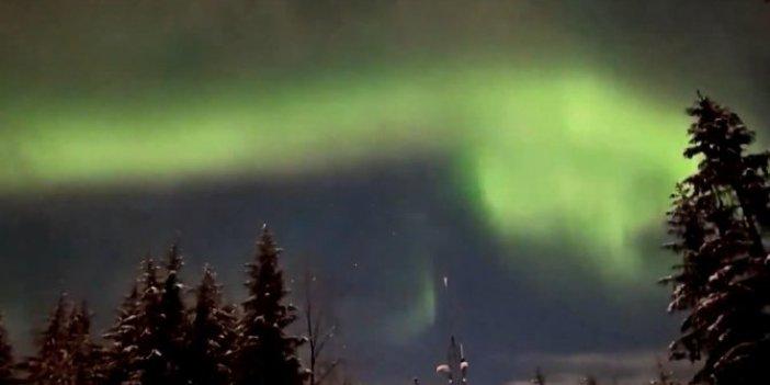 Alaska'da Kuzey ışıkları geceyi gündüze çevirdi. Görüntüler izleyenleri büyüledi