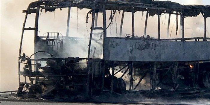 Kamerun'da katliam gibi kaza. Yolcu otobüsüyle kamyon çarpıştı 53 ölü 29 yaralı