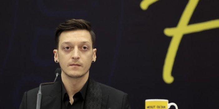 Mesut Özil'den flaş açıklamalar! Resmen Fenerbahçeli oldu