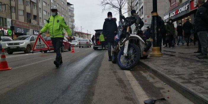 Sivas'ta motosikletin çarptığı kadın ağır yaralandı