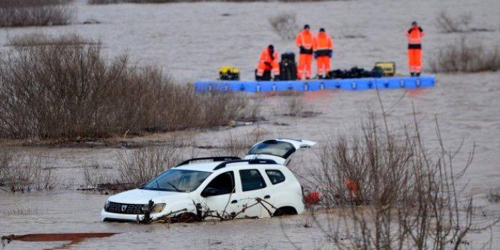 Çanakkale'de baraj göletine uçan otomobil bulundu. Sürücü Mürsel Meracıoğlu hala kayıp