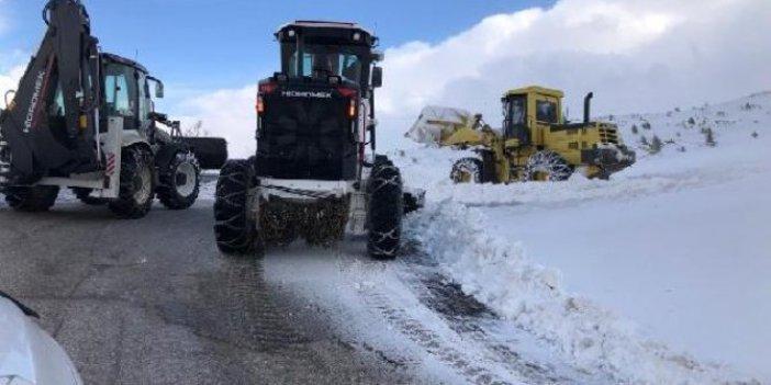 Elazığ'da 198 köy yolu ulaşıma kapandı