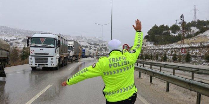 Burdur-Antalya kara yolu ulaşıma kapandı