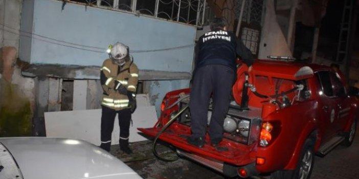 İzmir'de aynı mahallede iki ayrı evde yangın