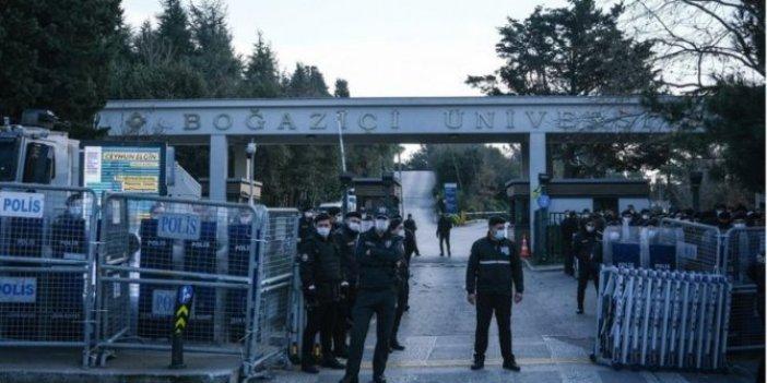 Boğaziçi Üniversitesi önündeki öğrencilere müdahale! Gözaltılar var