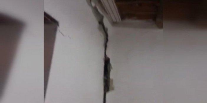 Kayseri'de deprem evler çatladı. Uykuda yakalandılar. Vatandaş sokağa döküldü