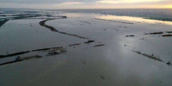Ergene Nehri tarım arazilerini yuttu. Sarı alarm durumuna geçildi