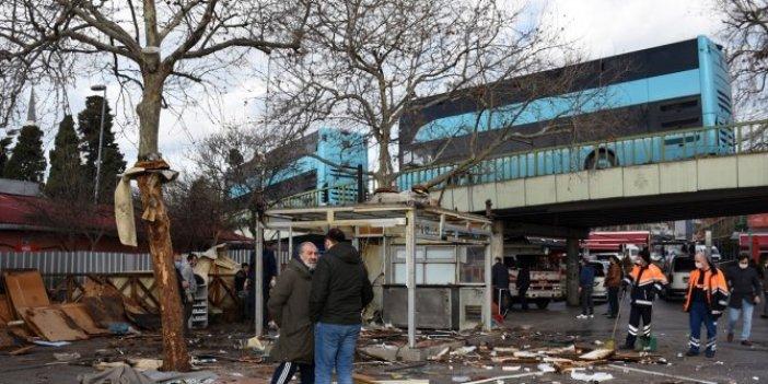 Beşiktaş İskelesi'nde 11 işletme yıkıldı