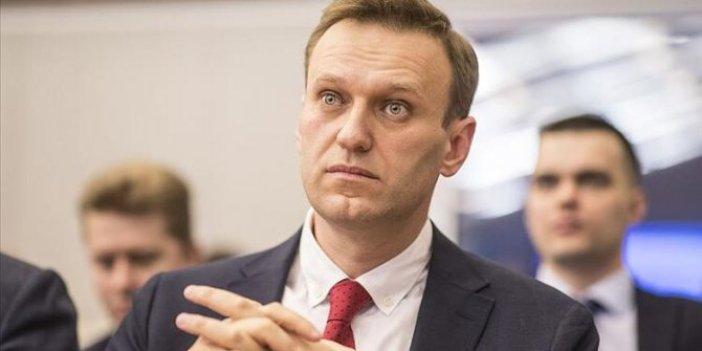 Rus muhalif Aleksey Navalnıy hakim karşısında