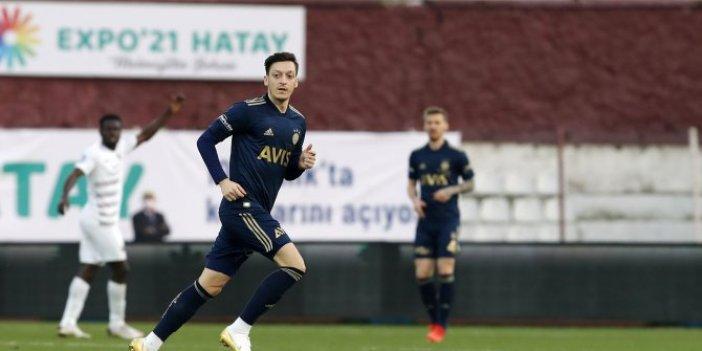 Mesut Özil Fenerbahçe ile ilk maçına çıktı