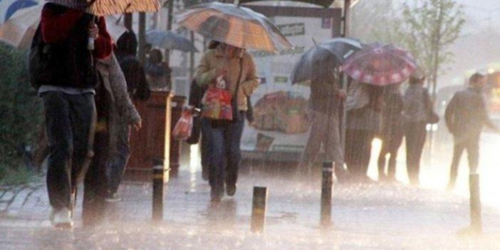 İzmir ve Akdeniz için son uyarı yapıldı. Meteoroloji Radyosu devrede. Herkes önlemini alsın
