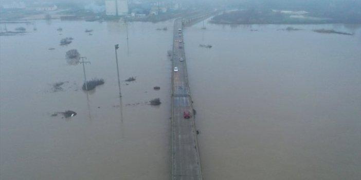 Ergene Nehri'nde alarm seviyesi yükseldi. Su seviyesi gittikçe artıyor