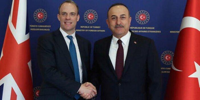 Bakan Çavuşoğlu İngiliz mevkidaşı Dominic Raab ile Kıbrıs'ı görüştü