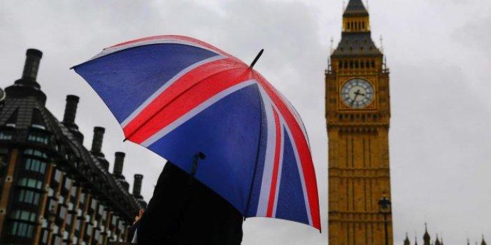 İngiltere'de hizmet sektöründe sert düşüş